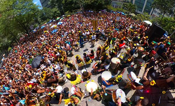 Carnaval do Rio 2018 bloco Que Pena, Mor Allaboardthefraytrain