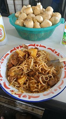 Meals on the Aquidaban